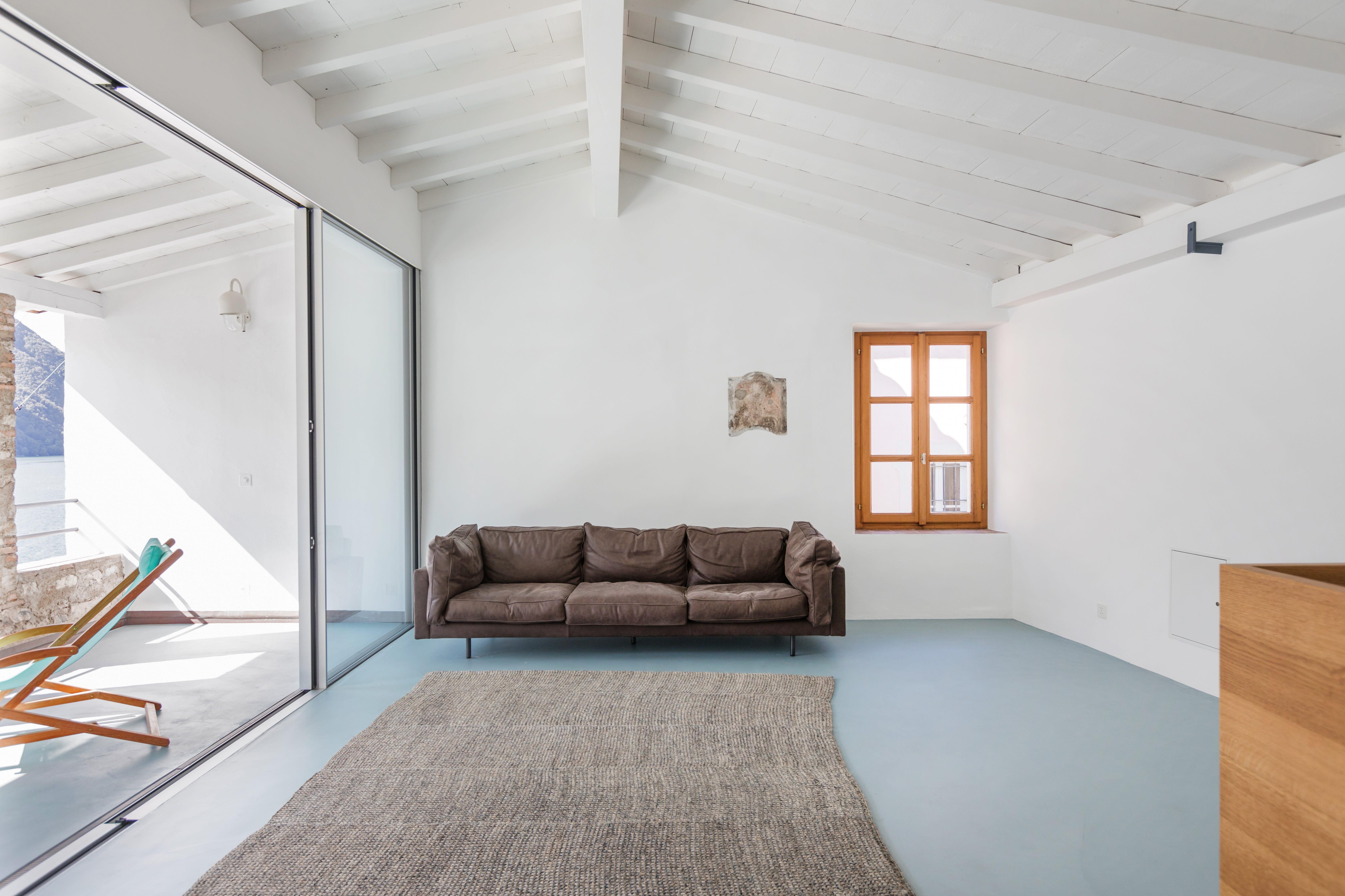 Transformation d'une habitation dans le centre historique de Gandria